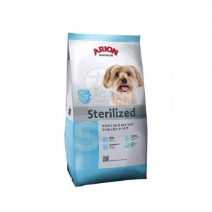 Arion H&C Sterilized Small Breed 7,5 kg